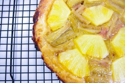 tatin sans gluten ananas rhubarbe