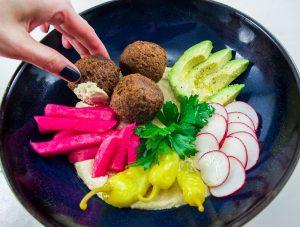 Falafels rapide et hummus à l'aubergine