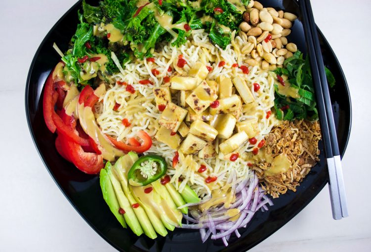 Salade froide de nouilles de Konjac et tofu